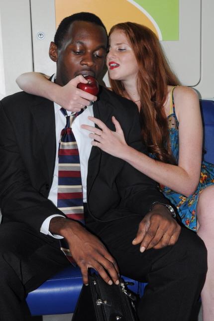 Yevgeniya Kats seduces Samuel Umoh in AAPACT's Dutchman