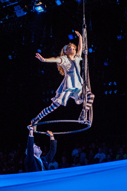 Lindsey Noel Whiting  as the title character in Lookingglass Alice / Photo by Justin Namon