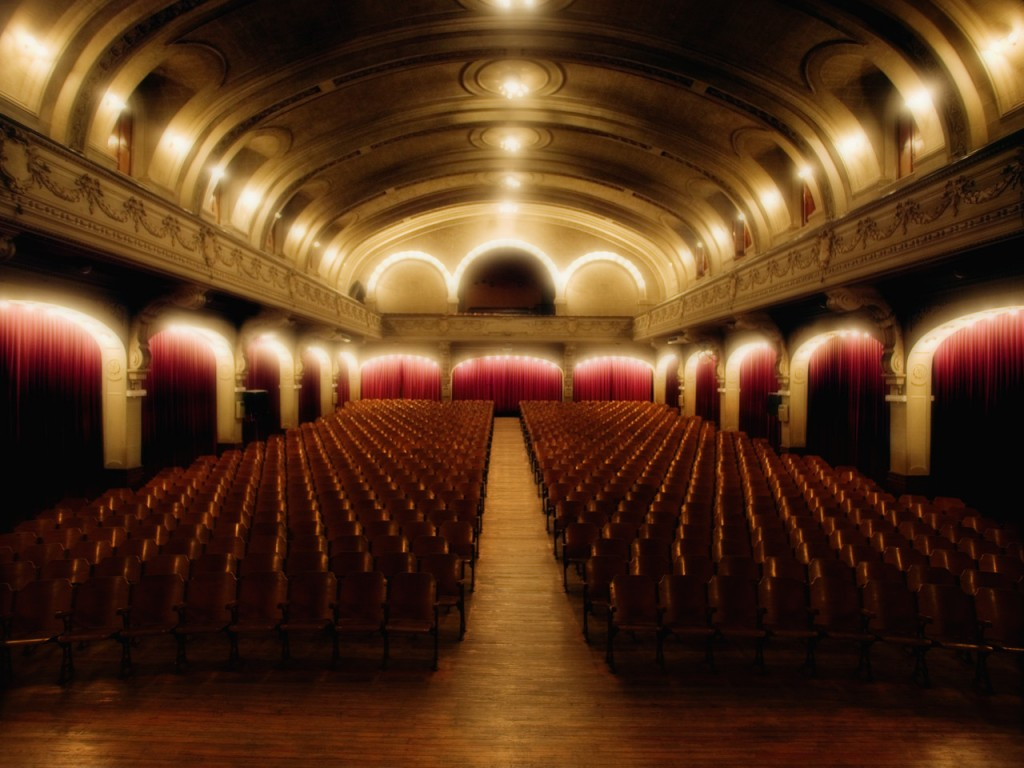 07 Jul 2004 --- Empty Theater --- Image by © Royalty-Free/Corbis