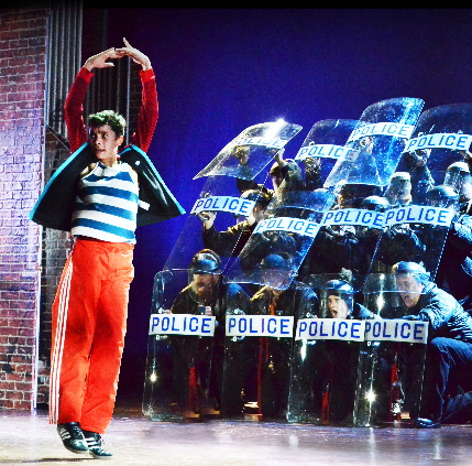 Nicholas Dantes as the hero in Bill Elliot at the Maltz / Photos by Alicia Donelan and Jen Vasbinder
