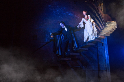Chris Mann and Katie Travis in the Broadway Across Miami Tour of The Phantom of the Opera / Photo by Matthew Murphy